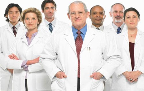 Đội ngũ bác sĩ tay nghề cao giúp điều trị các bệnh xã hội một cách hiệu quả